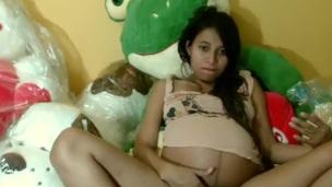 brunette ebony pregnant solo webcam