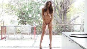 amazing babe beautiful body brunette